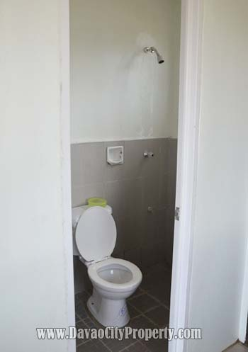 Actual-Dominique-bathroom-at-Low-cost-housing-Cambridge-Heights-Davao-Panacan