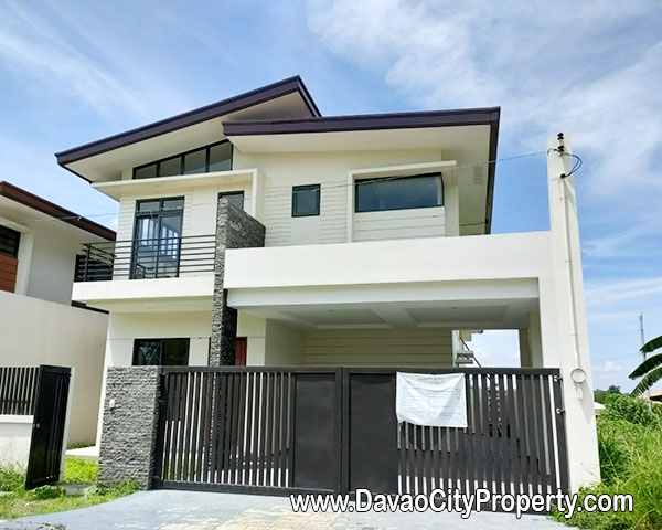 4 Bedrooms 3 Toilet & Bath Brand New House and Lot For Sale near Airport big Carport